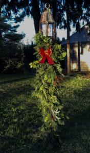 Christmas Light Post Garland